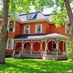 Stratford Ontario - Canada - Queen Anne Style - Architecture Heritage thumbnail