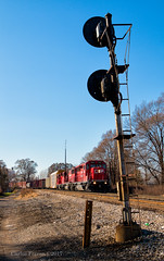 Waiting at Delray (Wheelnrail) Tags: cp canadian pacific detroit michigan train trains locomotive sd33eco transfer loco signal signals rails conrail shared assets delray tower