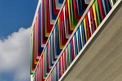 Bariolage (CrËOS Photographie) Tags: lille hautsdefrance france architecture moderne modern ville city urbain urban couleurs colors colours graphique graphic triangle design buildings