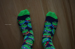 My Teenage Mutant Ninja Turtles Socks (Iker Merodio | Photography) Tags: ninja dortokak teenage mutant turtles socks galtzerdi home pentax k50 sigma 30mm art green wood