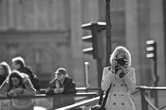 "Qui es-tu, cachée derrière ton Nikon ? • <a style=""font-size:0.8em;"" href=""http://www.flickr.com/photos/21501809@N04/38493513802/"" target=""_blank"">View on Flickr</a>"