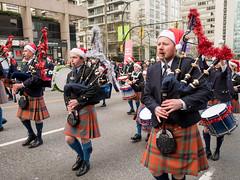 2017_SFUPB_SC_Parade_20171203-GM5-1050656 (SFU Pipe Band Organization) Tags: rmmpb rmmpipeband sfupb sfupipeband britishcolumbia canada christmas gvrd performance santaclausparade vancouver where