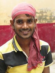 Agra 2017 (gerben more) Tags: agra handsomeman man stubbles beard smile smiling youngman bandana india people portrait portret