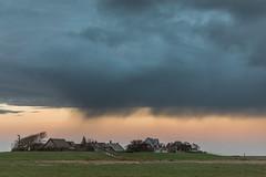 shower over Hallig Oland (Markus Trienke) Tags: langenes schleswigholstein deutschland de hallig oland weather rain coast sky clouds houses grass field landscape shower