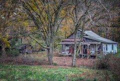 Abandoned House (donnieking1811) Tags: tennessee cookeville building house abandoned autumn fall leaves trees hdr canon 60d lightroom photomatixpro