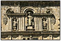 Porta do Perdón, Fachada da Quintana, Catedral de Santiago de Compostela (A Coruña, España) (Jesús Cano Sánchez) Tags: elsenyordelsbertins canon eos20d tamron18200 vacances2016 espanya españa spain galicia acoruñaprovincia santiago santiagodecompostela unesco catedral cathedral