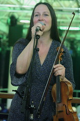 Triakel (2017) 02 - Emma Härdelin (KM's Live Music shots) Tags: worldmusic sweden traditionalswedishmusic triakel fiddle violin nordicmatters fridaytonic southbankcentre
