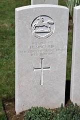 H. Sinclair, Liverpool Regiment, 1917, War Grave, Trelincthun (PaulHP) Tags: cwgc world war graves headstones france private h herbert sinclair service number 14573 14th june 1917 13th bn battalion kings liverpool regt regiment terlincthun british cemetery wimille military one ww1 grave headstone