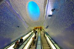 FXT19773 (Enrique Romero G) Tags: stazione toledo estación station metro subway napoli nápoles naples campania italia fujitx1 fujinon1024