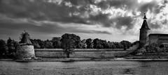 The Pskov Krom (Unicorn.mod) Tags: 2015 panorama blackandwhite blackwhite monochrome landsape pskov river kremlin citadel wall walls clouds sky cityscape city canoneos6d canonef24105mmf4lisusm