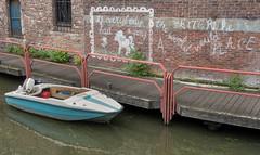 If everybody had a pony (Jorden Esser) Tags: wednesday boardwalk boat chalk fence motorboat text wall walldrawing wallwednesday water hww