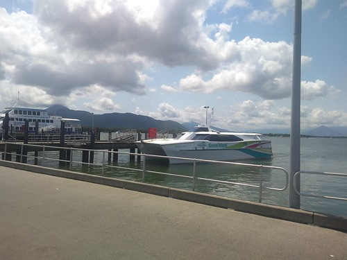 the reef rocket docking at the cairns pier