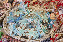 Blue Holiday Cookies (Cat Girl 007) Tags: market ornament poland many handmade holiday krakow sale winter traditional gift celebration christmas beautiful annual colorful european fair craft december decor advent polish culture cookies food pastry homemade sweet xmas bakery baked biscuits dessert delicious cookie decorated wicker basket display