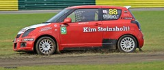 J78A0574 (M0JRA) Tags: rally cross cars racing tracks grass roads woods british people spectators croft raceways