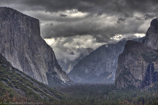Tunnel View 4