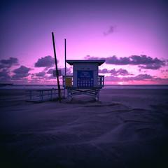 ave 26 xpro. venice beach, ca. 2017. by eyetwist - lomo LC-A 120 medium format film point & shoot camera. film: expired kodak ektachrome lumiere 100 LPP, cross-processed in C-41. lab: iconLA, los angeles, ca. scan: epson V750. exif tags: lenstagger.