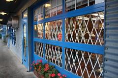 IMG_4940 (lindseyfryett1) Tags: granvilleisland vancouver britishcolumbia canada artist studio livework industrial artiststudio art craft