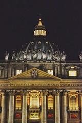 Vaticano by night (maresaDOs) Tags: vaticano cupolone night italy italia roma rome monumento cittàdelvaticano
