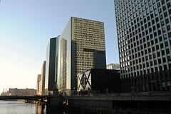 300 S. Riverside Plaza, Chicago (Cragin Spring) Tags: city chicago chicagoil chicagoillinois chitown windycity illinois il midwest downtown unitedstates usa unitedstatesofamerica 300southriversideplaza building architecture river chicagoriver