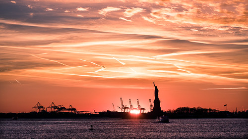 The Statue of Liberty at sunset - New York - Travel photography