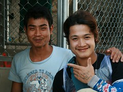 ice house workers (the foreign photographer - ฝรั่งถ่) Tags: two young men ice house workers khlong thanon portraits bangkhen bangkok thailand canon