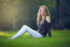 Olivia (dmrathburn) Tags: green portrait senior highschool seniorportrait summer beautiful light