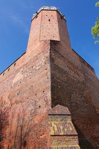 Wieża zamku w Łęczycy sprzed południowo zachodniego narożnika murów