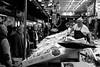 Mercado de la Cebada (rafpas82) Tags: pescheria fishshop mercado mercato market mercadodelacebada madrid spagna españa spain fish pesce pescato tonno vendita esposizione biancoenero blackandwhite bn bw fuji fujinon fujifilm fujifilmx100t x100t 2017 shop