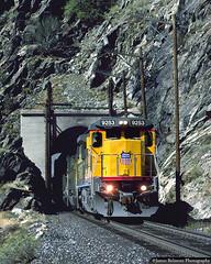 Sheepshead Rock Tunnel (jamesbelmont) Tags: tunnel webercanyon utah uintah gateway unionpacific sheepsheadrocktunnel ge c408 ladvz intermodal railway