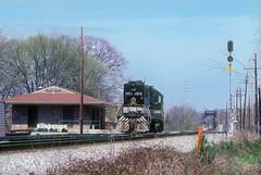 Southern GP38AC 2876 (Chuck Zeiler) Tags: southernrailway sr sou gp38ac 2876 railroad emd locomotive charleston chuckzeiler chz