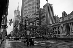 On the way to the library (Leguman vs the Blender) Tags: nyc newyork nikond90 manhattan midtown usa