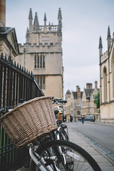 Oxford (Electra_star) Tags: bicycle dof oxford vscofilm architecture by