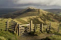 The Great Ridge (l4ts) Tags: landscape derbyshire peakdistrict darkpeak thegreatridge edale hopevalley gate fence barkerbank backtor losehill hollinscross walkers