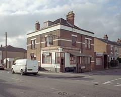 Southampton, 2017 ([Photom]) Tags: 120 6x7 england hampshire kodakportra400 mamiya7ii newtopographics places southampton uk banal film landscape mediumformat urban