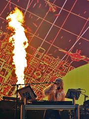 melissa_boston171022 (gnrtour) Tags: gunsnroses notinthislifetime northamerica october 2017 gnfnr gnr gr boston ma tdgarden pyro flame usa notinthislifetimearenasnorthamerica2017