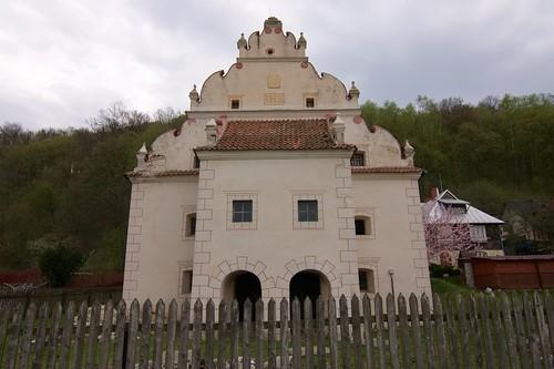 Spichlerz Feuersteina (Puławska 60) od zachodu