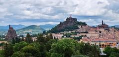 Le Puy en Velay (thierry llansades) Tags: lepuy velay auvergne cathedrale alpes espaly sanctuaire aiguille patrimoine architecture lyon france catholique rues ruelles histoire