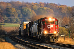 Evening Rush (sdl39hogger) Tags: cp canadianpacific watertownsub emd electromotivedivision sd60 richwood wisconsin