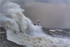 Porthcawl Pier - Storm Brian (DHHphotos) Tags: porthcawl pier bridgend wales sea waves storm brian seaside nikon d7500