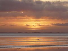 blaze of colour (achatphoenix) Tags: sunset sun sky ciel cielo nuages clouds december dezember dollart dollard dollartbay water aqua eau wasser ems rheiderland riverems eastfrisia ostfriesland