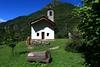 Val d'Aosta - Valle di Gressoney, Perloz: Chemp, la chiesina (mariagraziaschiapparelli) Tags: valdaosta valledigressoney montagna mountain monterosa chemp perloz angelobettoni sculture estate allegrisinasceosidiventa