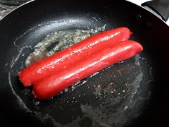 Glazier Hot Dogs Frying. (dccradio) Tags: lumberton nc northcarolina robesoncounty inside indoors eat food meal lunch supper dinner fryingpan pan butter grease cooking glaziers glazierhotdogs hotdogs meat
