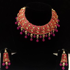 IMG_5676 (Zodiac Online Shopping) Tags: ethnicjewellery jewellery fashionjewellery zodiaconlineshopping ornaments jewelleryset ladieswear womenwear traditional function party wedding occasion fingerring trendy classy necklace chain pendant