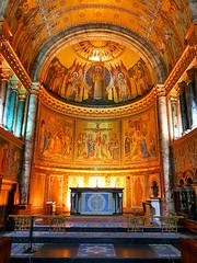 The Guard's Chapel (Monsieur Tout Le Monde) Tags: london wellington barracks wellingtonbarracks guards chapel guardschapel heaven peace beauty religeon military war