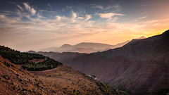 Above and Below. (icarium82) Tags: hdr sonydscrx1rm2 landscape travel nature landschaftterrain sunrise rocks atlasmountains morocco northafrica sundaylights