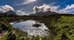 Fluffy clouds (Phil-Gregory) Tags: nikon tokina d7200 wideangle ultrawide scenicsnotjustlandscapes scotland national nature naturalphotography naturephotography countryside highlands isleofskye water light mountain green cloudscape clouds