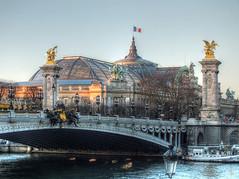 Paris (Ruinenvogel) Tags: paris france flickrtravelaward pontalexandreiii pont brücke