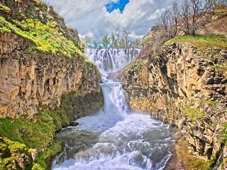 White River Falls 462 C