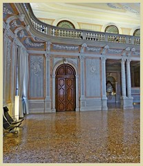 "Der grosse Ballsaal ""Sala del Ridotto"" * The big ballroom * El grande salón de baile * (Hotel Monaco & Grand Canal) *   . P1360585-001 (maya.walti HK) Tags: 2017 22082017 221117 8tag copyrightbymayawaltihk copyrightbysinamaya flickr italia italien italy monacograndcanal panasoniclumixfz200 räume reisevenedig2017 rooms salas venedig venedignachzürich venedigreise2017 venezia venice"
