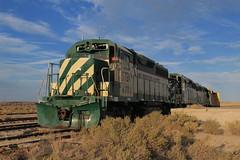 Dreaming of Intermodal (Arrowhead Fan) Tags: sdae pir pacific imperial railroad san diego eastern arizona baja california ca impossible idaho northern 4501 4500 4504 emd gp40 vandalism derilict